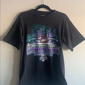 Tops - Rare Vintage 2001 World Series Tshirt